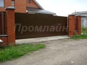 ворота откатные из сэндвич-панелей Doorhan