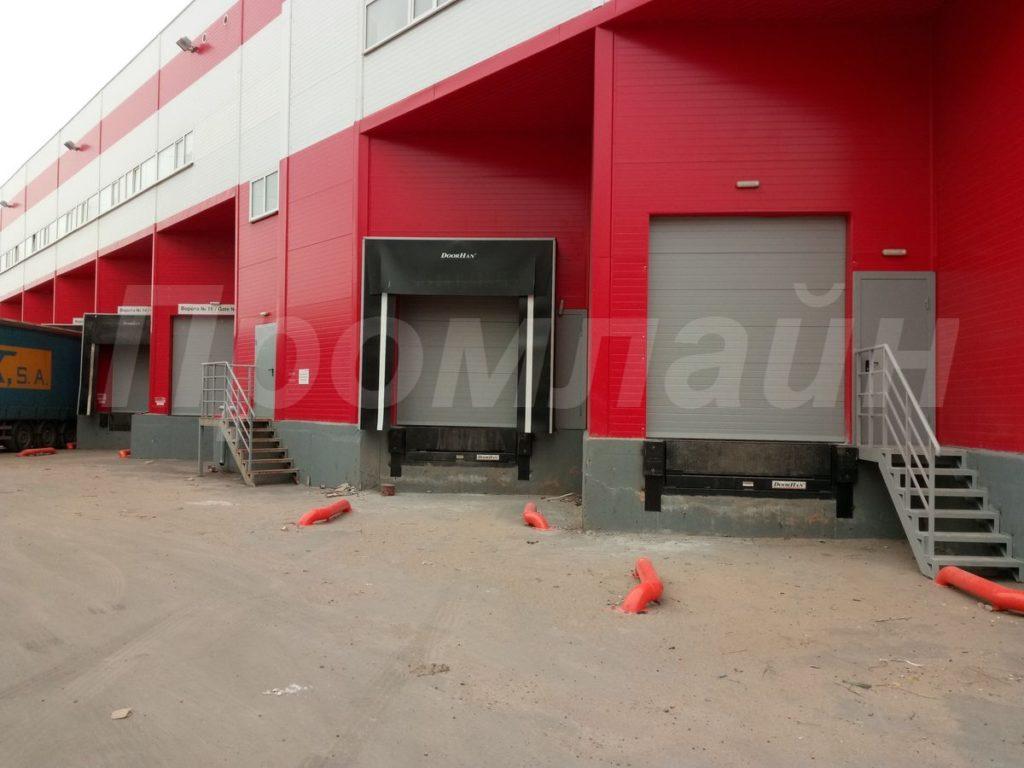 Уравнительные платформы и герметизаторы проема Doorhan