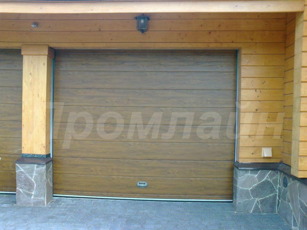 Подъемные секционные ворота в гараж
