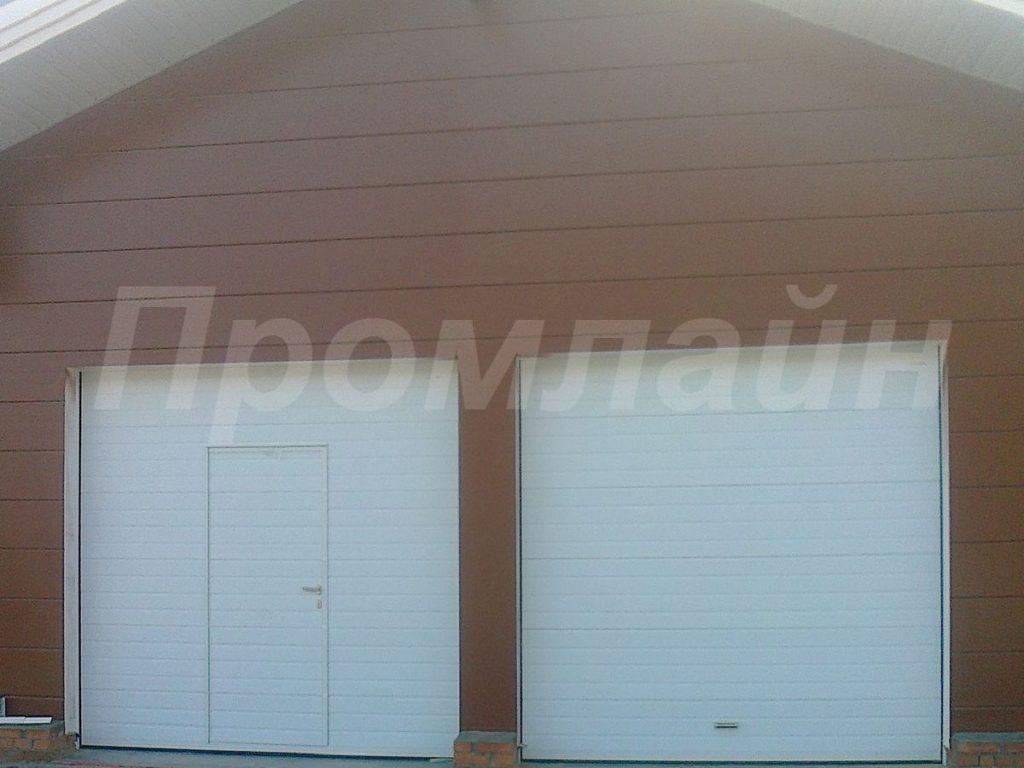 Секционные подъемные ворота для гаража