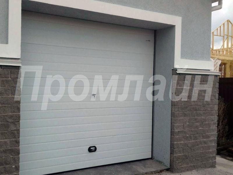 Автоматические гаражные секционные ворота в Нижнем Новгороде