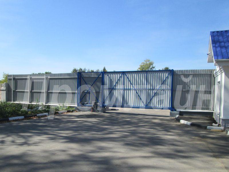 автоматические сдвижные ворота из профнастила